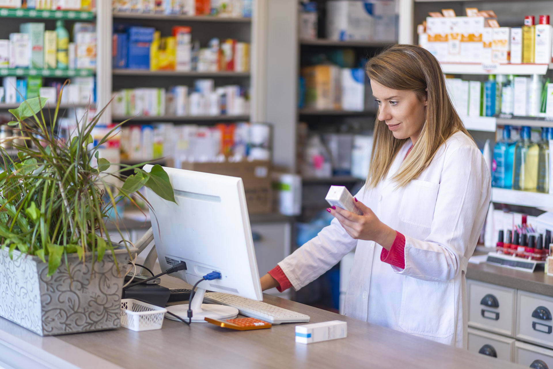 Le logiciel TraceMed appliqué dans une pharmacie constitue un outil simple et intuitif pour une vérification du statut et de l'annulation de l'enregistrement auprès de l'organisation BeMVO des boîtes de medicines.